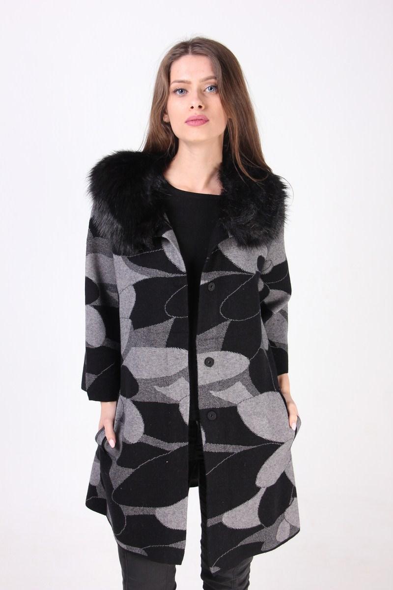 Стильное кашемировое пальто с воротником из искусственного меха