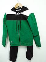 Спортивный костюм детский. Цвет зеленый.