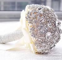 Свадебный брошь-букет невесты (диаметр 23см)