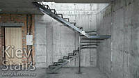 П-образный каркас лестницы в двухуровневую квартиру