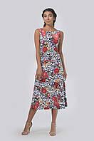 Легкое летнее платье приталенного силуэта в пол
