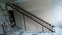 Металлический каркас под прямую лестницу на второй этаж