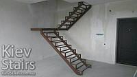 Лёгкий двухмаршевый металло-каркас для лестницы в квартиру под зашивку деревом