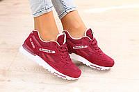 Стильные и яркие женские кроссовки Reebok GL 6000 бордовые