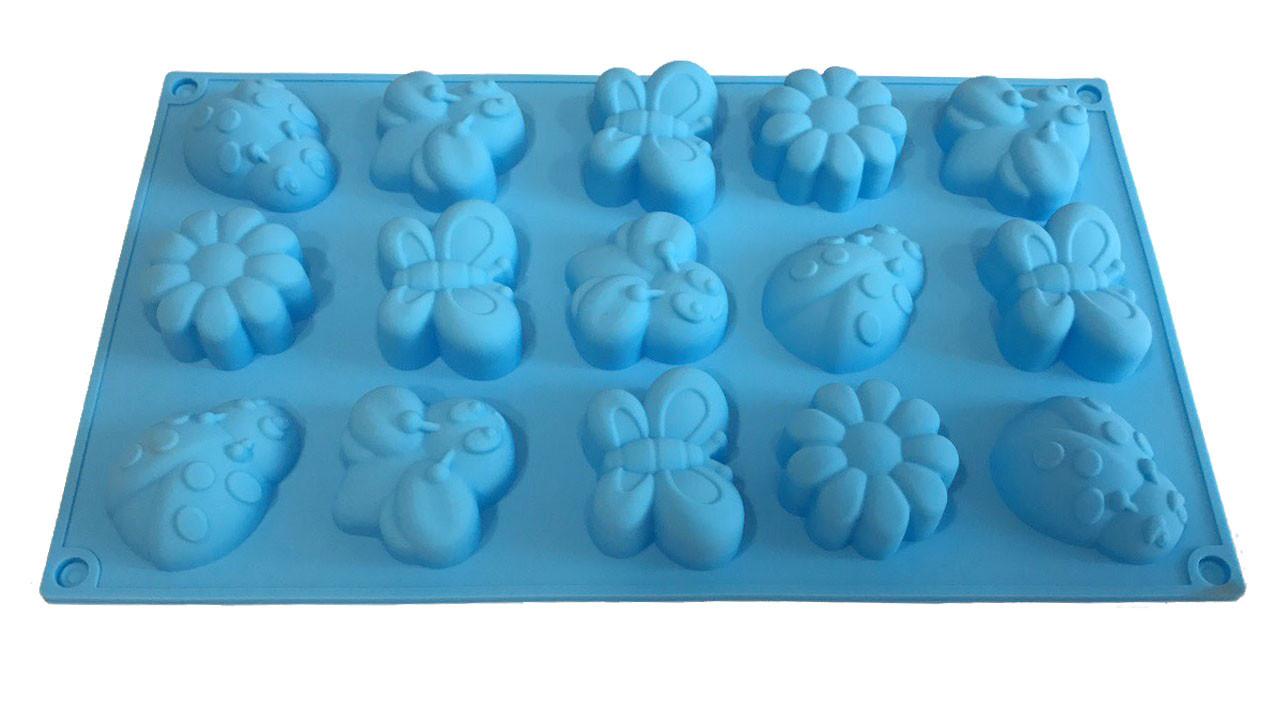 Форма силиконовая для выпечки Букашки 15 шт на планшете