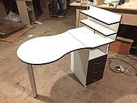 Маникюрный стол складной с тремя выдвижными ящиками белый с черным