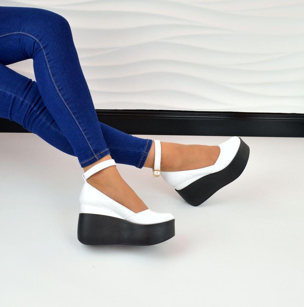 Женские туфли на танкетке с закрытым носком с пряжкой 236908460cc41