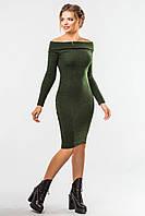 Стильное вязаное платье зеленого цвета с длинным рукавом и открытыми плечами