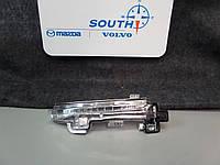 Volvo V40 2012-17 поворотник в правое зеркало повторитель указатель поворота Новый Оригинал