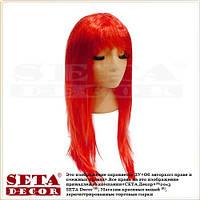 Парик с красными длинными прямыми волосами.
