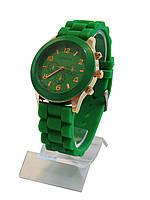Женские часы, зеленые