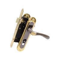 Комплект для входной двери Bruno (ручка на планке 55910К6+замок 968-45 без цилиндра) черный никель/золото