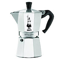 Гейзерная кофеварка Bialetti Moka Express (6 чашек - 300 мл)