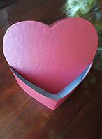 Коробка картонная в форме сердца(красная)