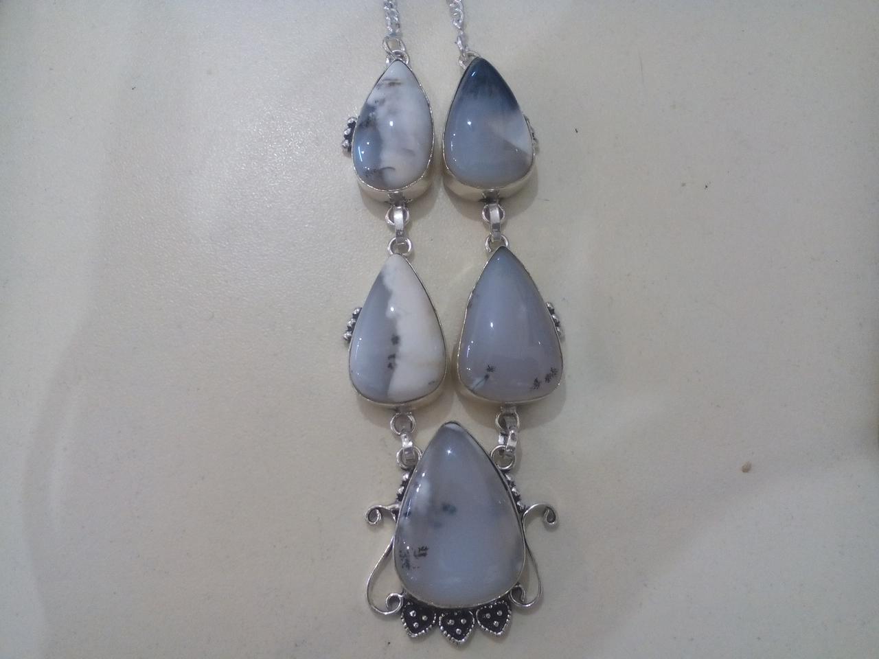 Ожерелье с дендро-опалом в серебре. Колье дендритовый опал Индия!