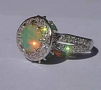 Кольцо с эфиопским опалом и натуральными изумрудами Размер 17