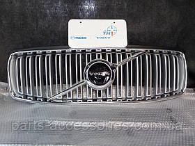 Решетка радиатора Volvo XC90 2016-2017 Новая Оригниальная