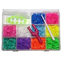 Набор для плетения Rainbow Loom Bands 1200 резиночек в пластиковом боксе