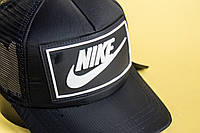 Черная кепка тракер Nike