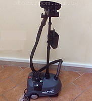 Паровой утюг Hilton HGS 2863 с вертикальной стойкой для одежды, фото 1