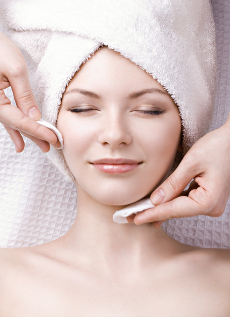 Тонизирование кожи: тоники, лосьоны для лица.