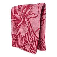 Красное махровое банное полотенце