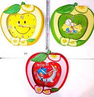 Детские настенные часыЯблочки