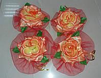 Цветы на ручки свадебного авто (красный фатин+персиковые розы) 4 шт.