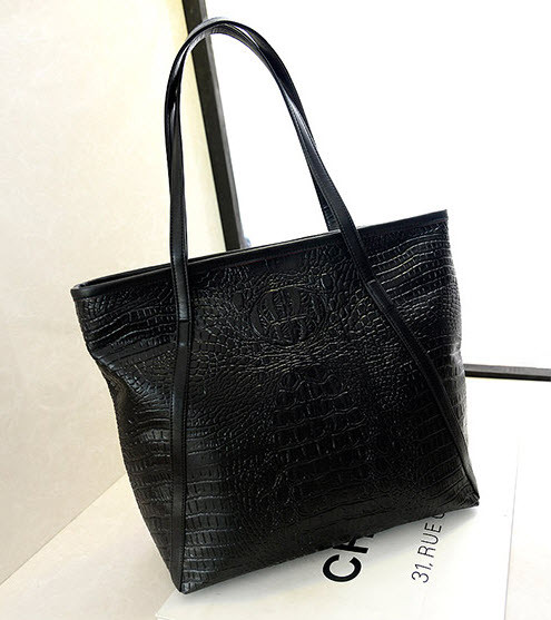 Красивая сумка под крокодил
