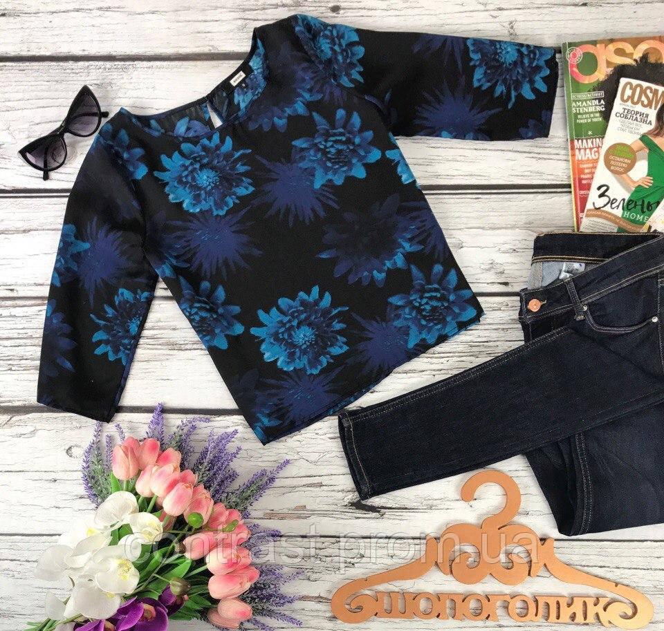 Деликатная блуза прямого кроя с цветочным принтом и вырезом-капелькой  BL350016