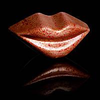 """Шоколадные конфеты ручной работы """"Губы""""."""