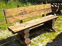 Скамейка с широкой спинкой и бугелем со сруба