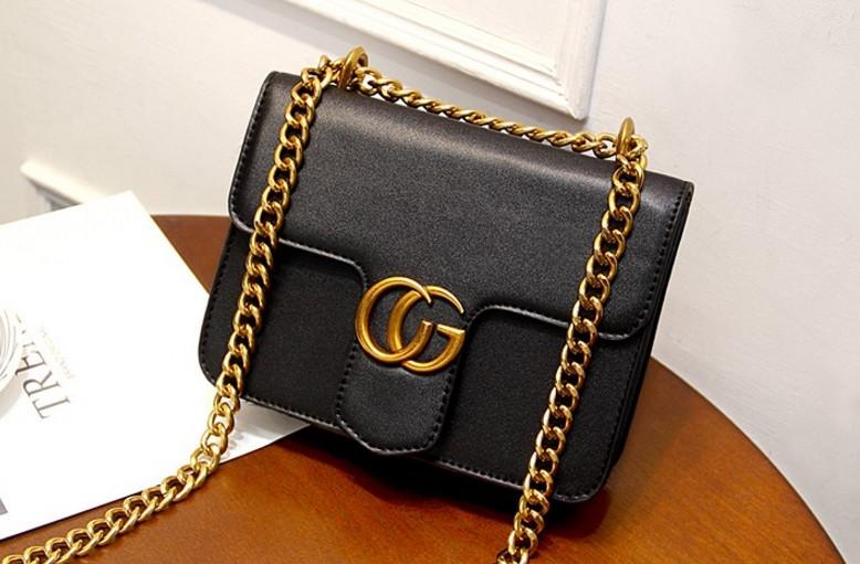 Новинка! Стильная женская сумка Gucci GG Marmont на цепочке черного цвета -  ON store в 50570f2992d