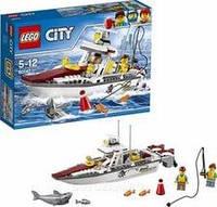 Конструктор LEGO серия City Рыболовный катер 60147