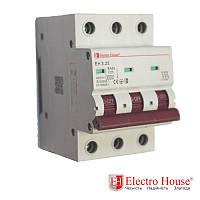 Автоматический выключатель три полюса 25A, 4.5kA Electro House