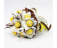 Букет из конфет Лотосы 11