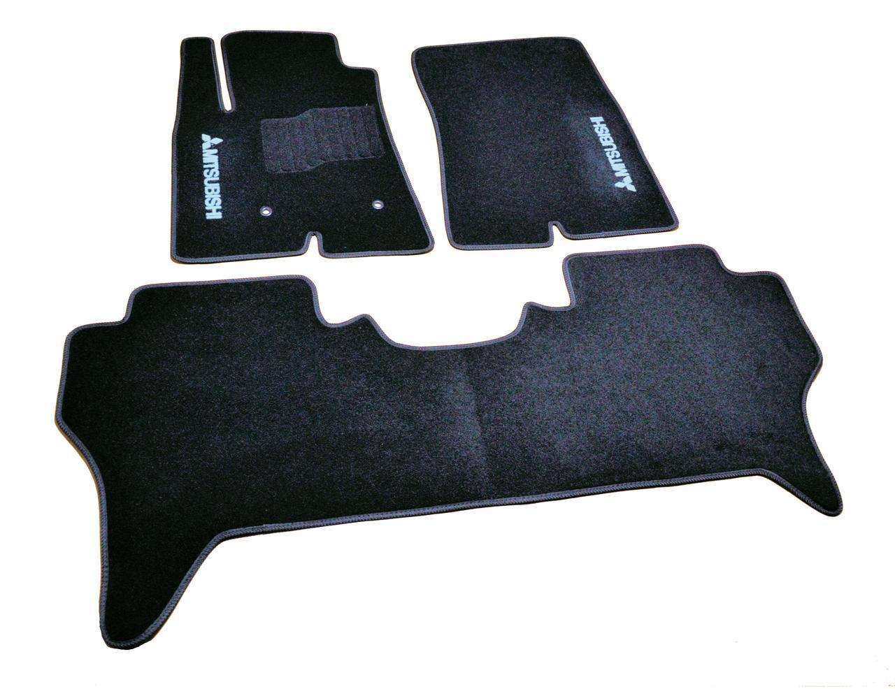 Килимки в салон ворсові Mitsubishi Pajero IV (2006-) 5 дв. /Чорні, кт. 3шт