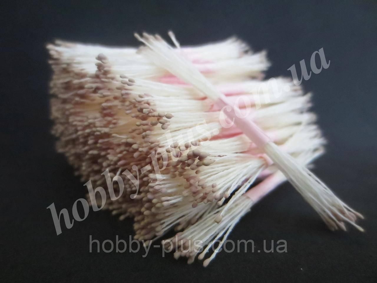 Тайские тычинки, СВЕТЛО-СЕРЫЕ, мелкие на белой нити, 23-25 нитей, 50 головок