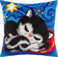 Подушка для вышивания крестом Кошачьи сны