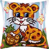 Подушки для вышивания крестом Маленький леопард