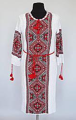 Красивое женское вязаное платье-вышиванка большого размера