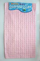 """Коврик для ванной антискользящий на присосках """"Однотонная мозаика"""" розовый SkM06"""