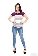 Яркая  женская футболка в широкую полоску с вязаного трикотажа