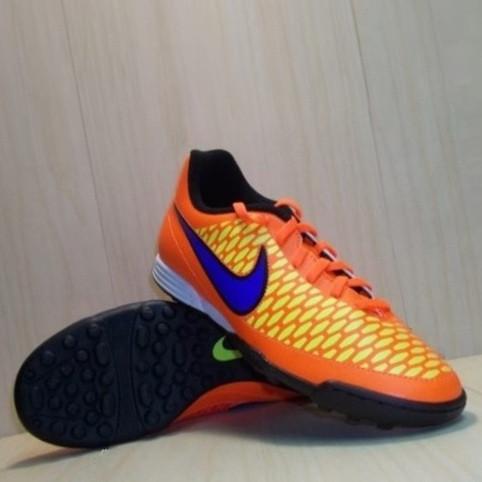 Обувь для футбола (сороканожки) Nike  Magista Ola TF