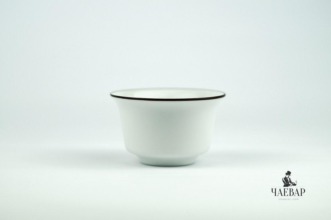 Пиала белая, для чая, матовая с каймой, 60мл. Церемония Гун Фу Ча