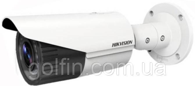 3 Мп IP видеокамера Hikvision DS-2CD1631FWD-IZ