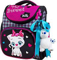 Школьный ранец для девочки (мягкая игрушка, ленточка для волос и мешок для обуви), Delune черный с розовым