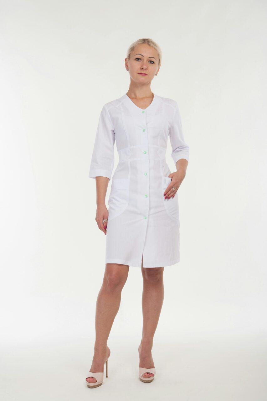 Женский медицинский халат белого цвета