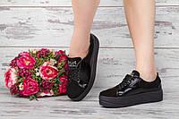 Замшевые стильные туфли на платформе