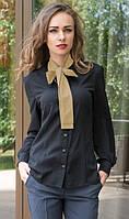 Рубашка черного цвета с бежевым бантом